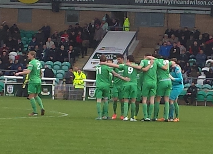 Pre-match huddle for the Dabbers