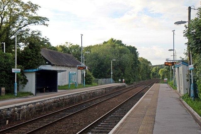 Cefn-y-Bedd Station [Taken from http://www.geograph.org.uk/photo/4025204 ]