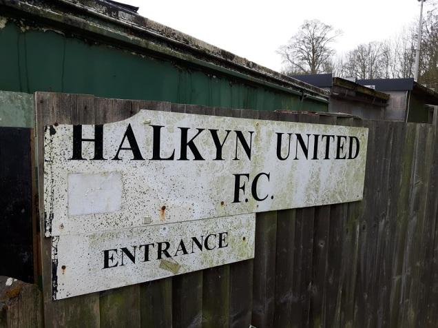 Halkyn United vs Llanllyfni 2nd Apr (3)