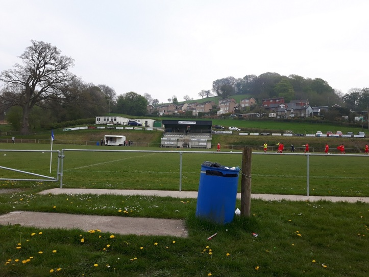Llanfair Utd vs Holywell Town - 7th May (1)