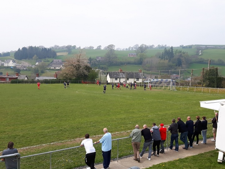 Llanfair Utd vs Holywell Town - 7th May (20)