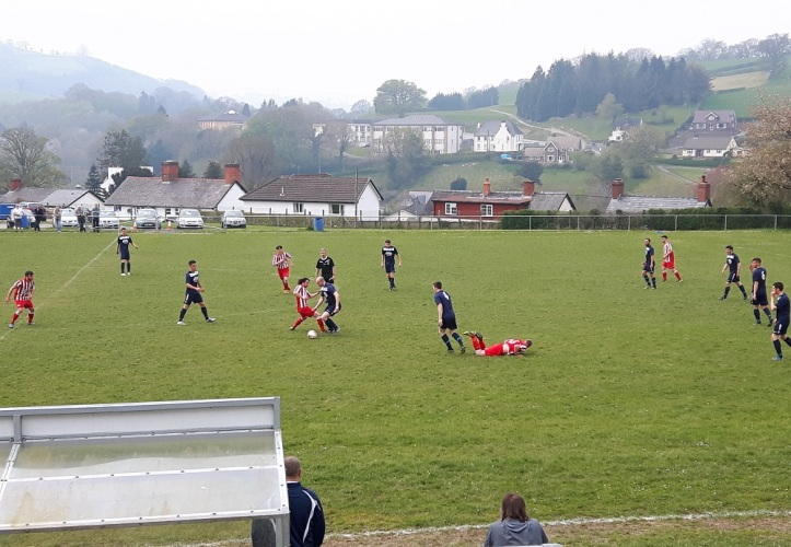 Llanfair Utd vs Holywell Town - 7th May (23)