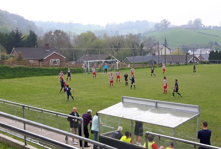 Llanfair Utd vs Holywell Town - 7th May (24)
