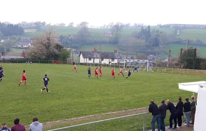 Llanfair Utd vs Holywell Town - 7th May (44)