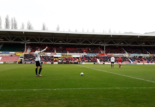Wrexham vs Dover Ath - 9th Apr 16 (29)
