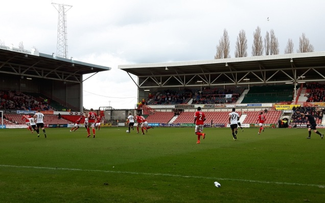 Wrexham vs Dover Ath - 9th Apr 16 (43)