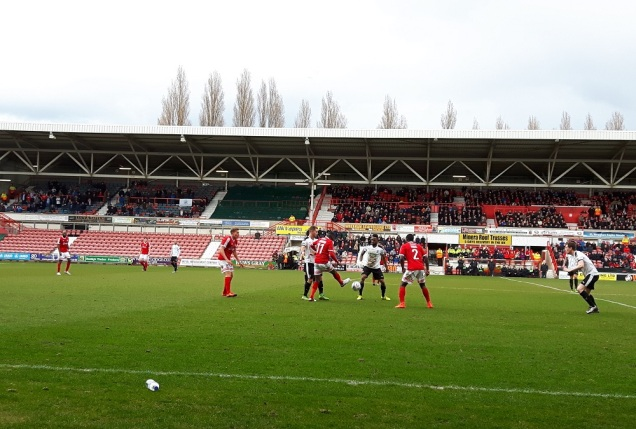 Wrexham vs Dover Ath - 9th Apr 16 (46)