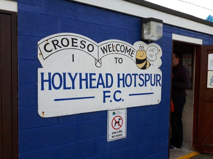 Holyhead vs Holywell - 20th Aug 2016 (6)