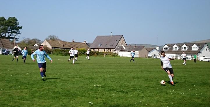 Llandyrnog United vs Conwy Borough - 21st April 18 (22)