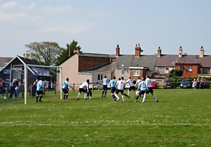 Llandyrnog United vs Conwy Borough - 21st April 18 (35)