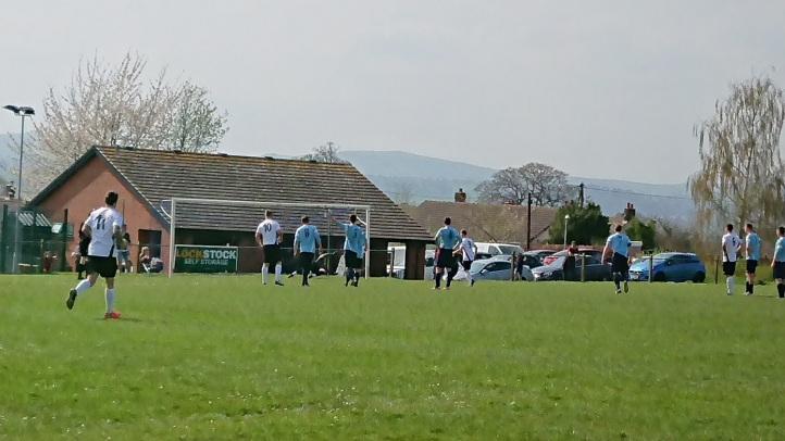 Llandyrnog United vs Conwy Borough - 21st April 18 (39)