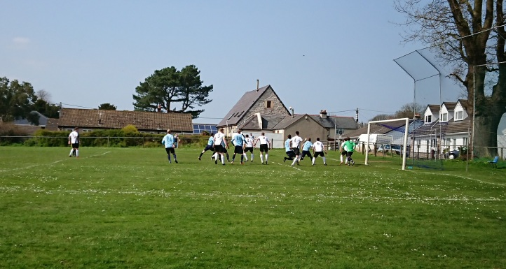 Llandyrnog United vs Conwy Borough - 21st April 18 (48)