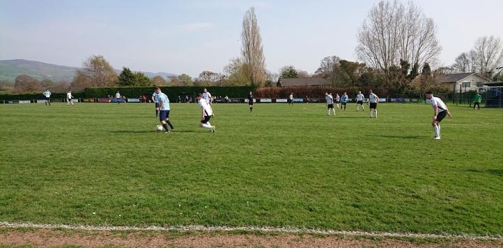 Llandyrnog United vs Conwy Borough - 21st April 18 (74)
