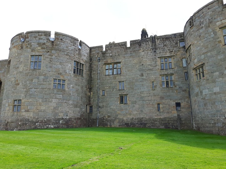 Chirk Castle (1)